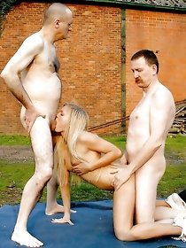 Amateur FMM and FFM threesome pics galleries