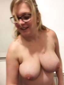 MILF and mature porn pics by great network