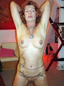 Skinny tattooed mom - free sex scenes